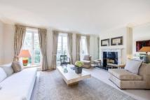 4 bed semi detached property in Devonshire Place...