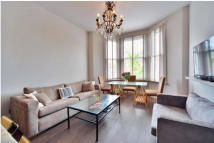 Apartment in Mowbray Road, Mapesbury...