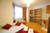 Studio flat to rent in Fairholme Road...