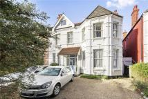 Flat in The Avenue, London, NW6