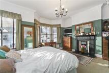 5 bedroom Terraced property in Tennyson Road, London...