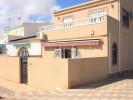 End of Terrace home in Torrevieja, Alicante...