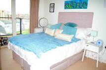 2 bedroom Flat to rent in goshawk Court, NW9