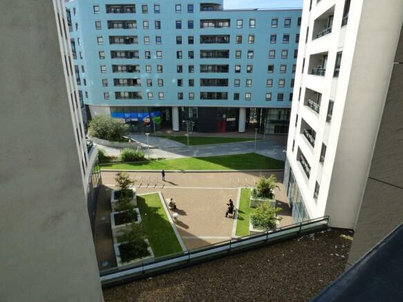 External balcony vie