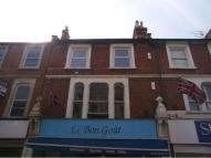 property to rent in The Causeway, Teddington, Middlesex, TW11