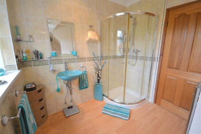 Shower Room (1)