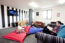 1 bed Studio apartment to rent in Lebus Street, London...