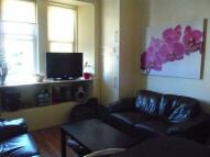 Flat to rent in Ponton Street, Edinburgh...