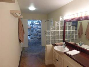 Coral stone shower