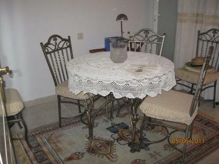 Bedroom / dining