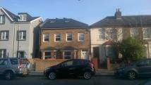 3 bedroom Ground Flat in Avenue Road, London, N15