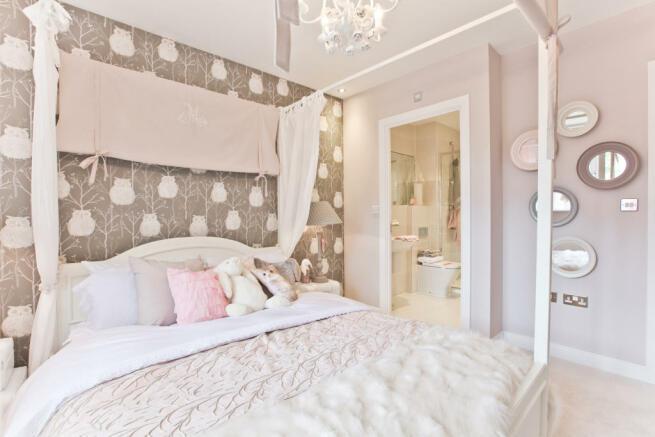 HighclereSp_bedroom_1