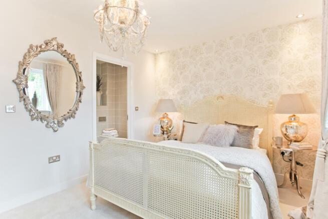 HighclereSp_bedroom_2