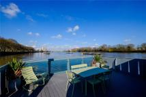 3 bed new home in Mooring 15...