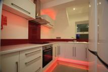 Apartment to rent in Thornhill Crescent...