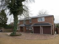 4 bedroom Detached house to rent in CENTRAL MARLOW