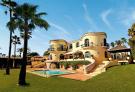 Villa for sale in Guadalmina Baja...