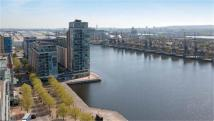 3 bedroom new Apartment in Royal Victoria Dock...