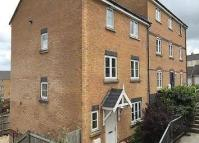 4 bed Town House to rent in Trafalgar Drive...
