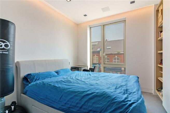 Se1: Bedroom