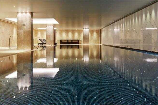 Se1: Swimming Pool