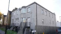 3 bed Flat in Bensham Lane...