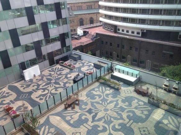 ground floor communal courtyard