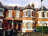 2 bed Terraced property in East Finchley...