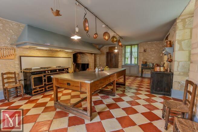 17.Main kitchen