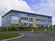 property to rent in John Smith Business Park, Kirkcaldy, KY2 6HD.