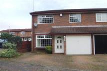 3 bedroom semi detached house in Shard Close, NORTHAMPTON