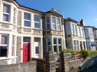 3 bedroom house to rent in Victoria Road, Hanham...