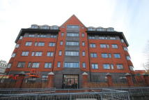 1 bedroom Apartment to rent in Wellesley Path, Slough...