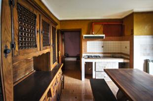 4. Kitchen/Dining