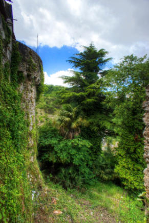 11. Castle Walls