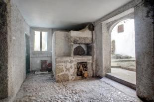 Old pizza oven