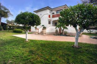Villa Franca entry