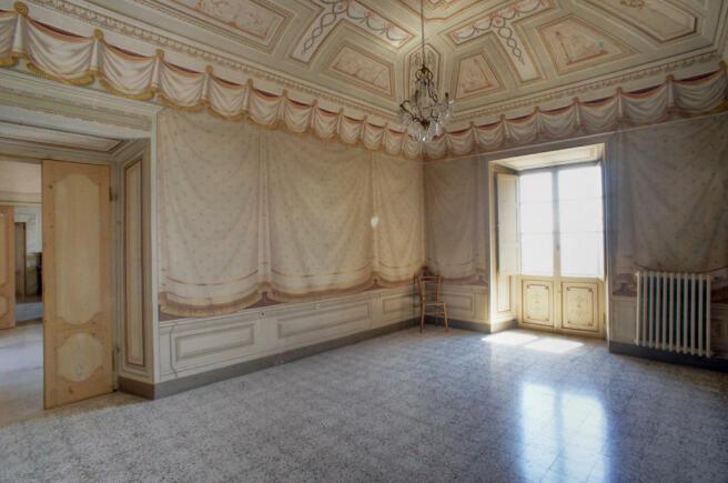 16 Room