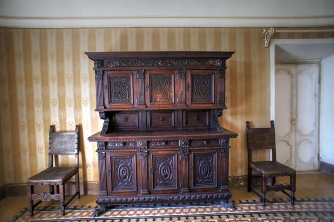 29 Furniture Detail