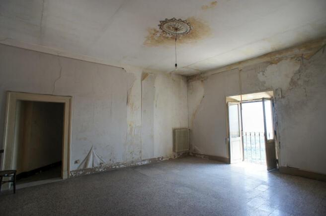 48 Unrestored Rooms