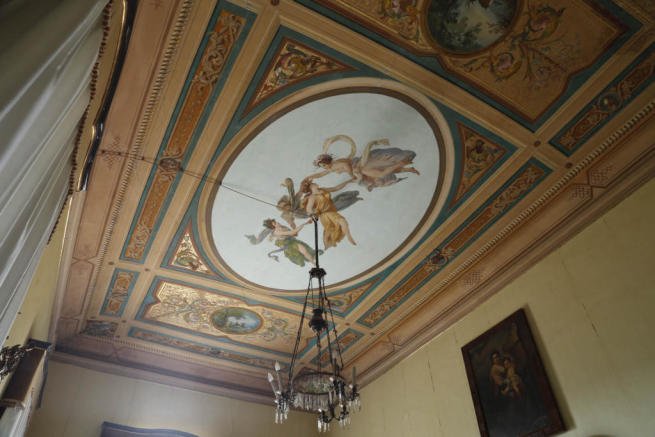 24.Bedroom fresco