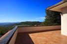 Upper level terrace