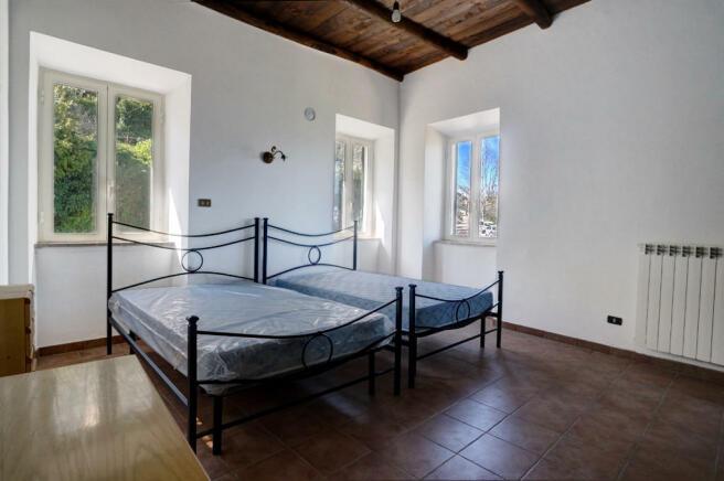 Bedroom level 6