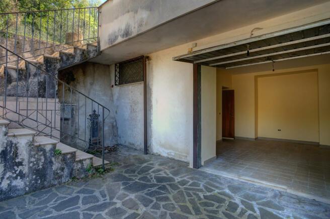 Stairs & garage