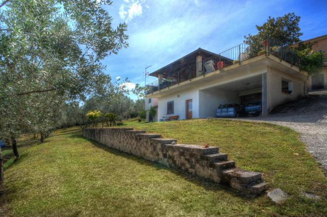 Garage/ terrace