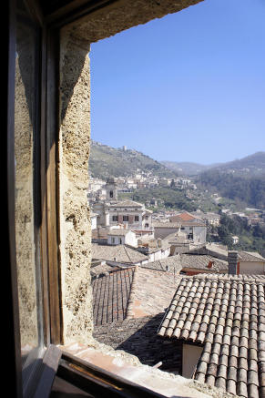 Sittingroom window