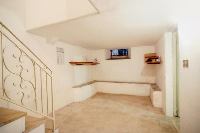 Cellar/ cantina