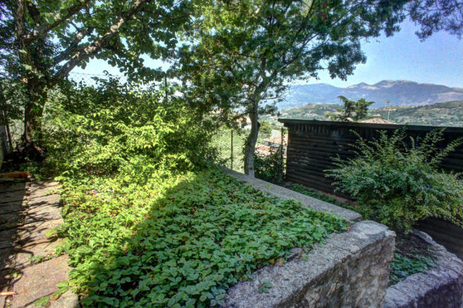 Side garden and view