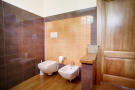 18 Bathroom