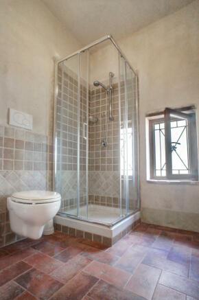 31 Bathroom